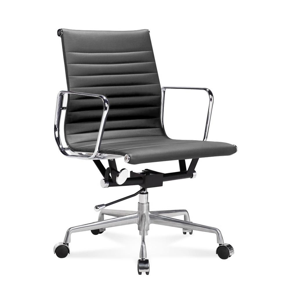 Eames Bureaustoel Replica.Ea 117 Eames Office Chair Halfhoge Bureaustoel Van Geribbeld Leer