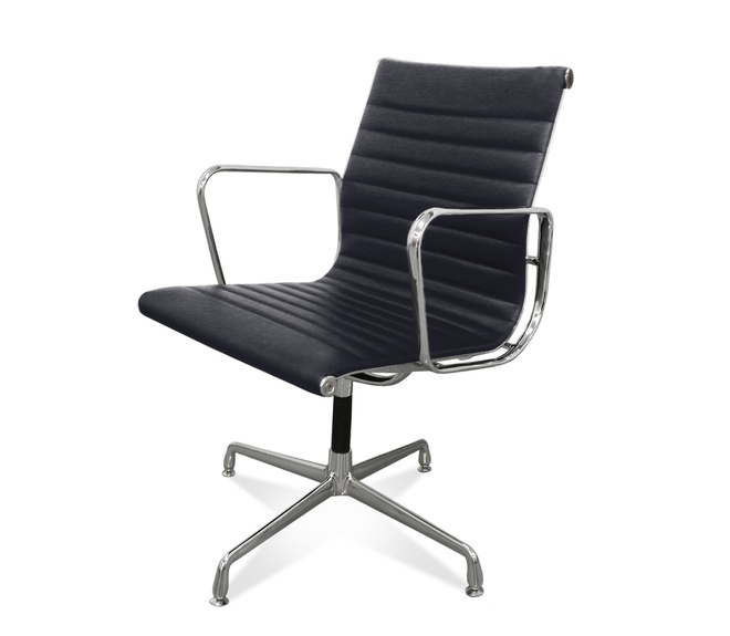 EA 108 - Eames Office Chair