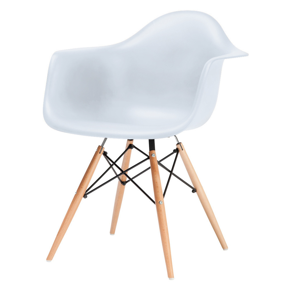 Charles And Ray Eames DAW Chair, £ 104.36